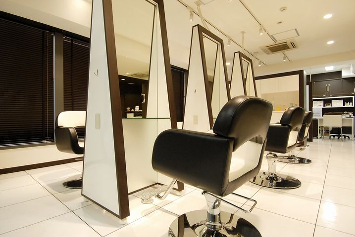 エステサロン・美容室・マッサージ・ネイル・まつげサロン事業譲渡/M&Aの写真です。